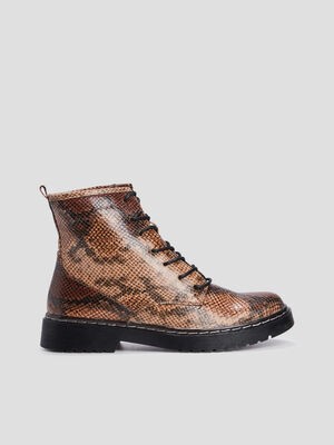 Bottines crantees marron femme