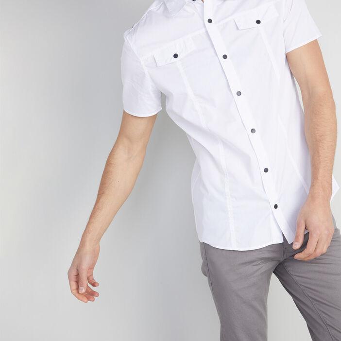 Chemise slim unie poches rabat homme blanc