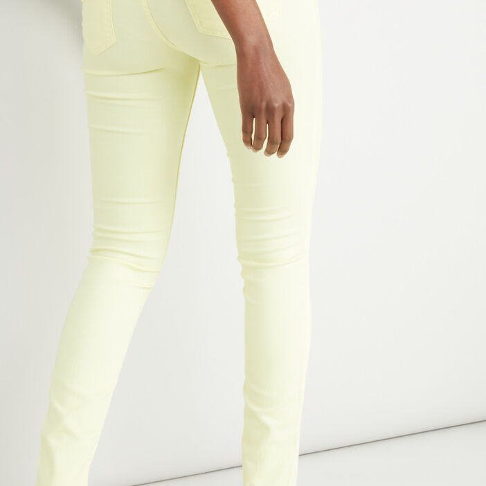 Pantalon slim femme jaune