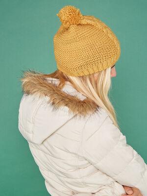 Bonnet maille metallisee avec torsades jaune moutarde femme