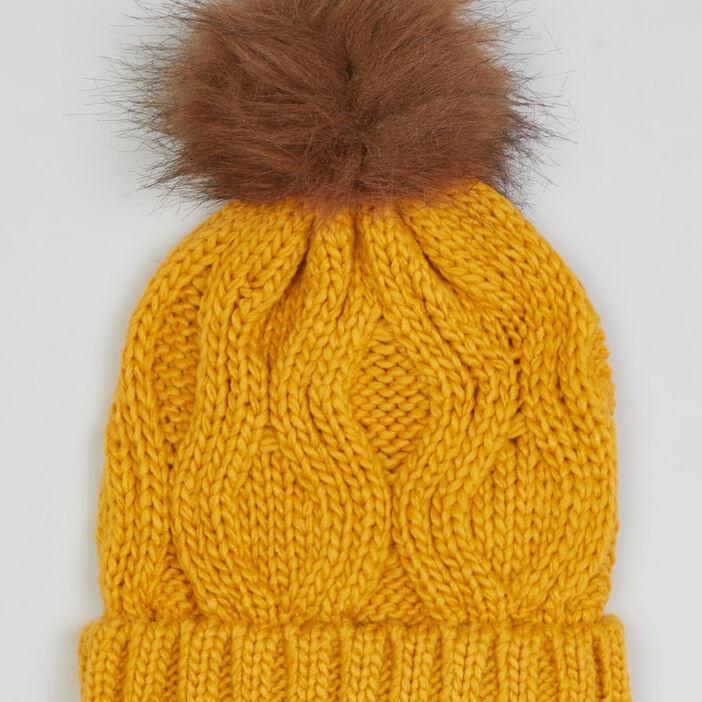 Bonnet maille torsadée à pompon fille jaune moutarde