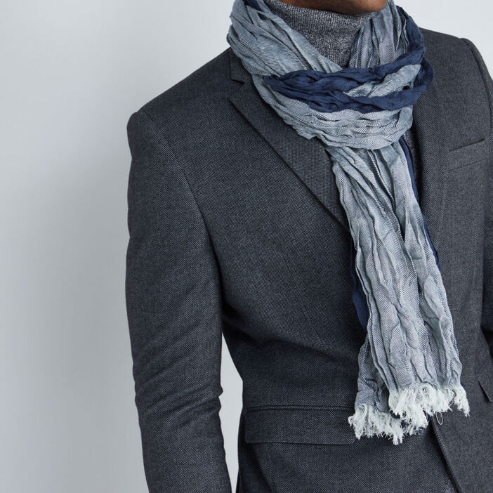 Foulard effet chiffonné à franges mixte bleu marine