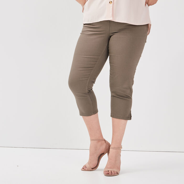 Pantacourt droit grande taille femme grande taille vert kaki