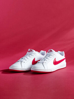 Tennis Nike COURT ROYALE blanc femme