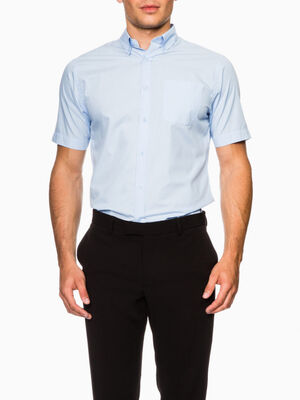Chemise regular unie manches courtes bleu ciel homme