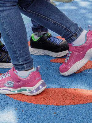 Runnings Skechers rose fille