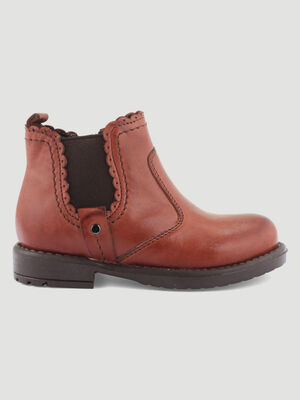 Boots cuir avec decoupes croquees marron bebe
