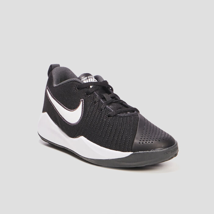 Baskets Nike garçon noir