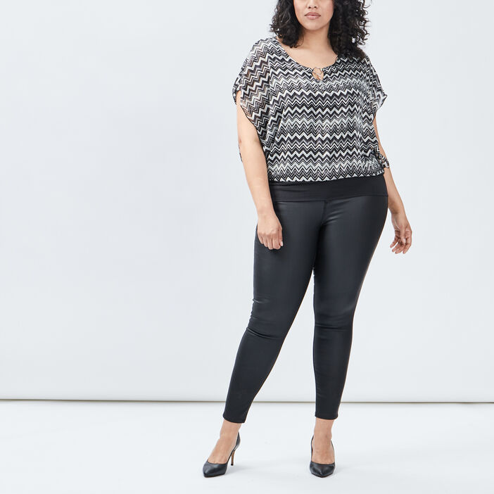 Blouse à manches courtes femme grande taille noir