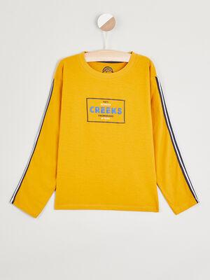 T shirt coton avec bandes rayees jaune moutarde garcon