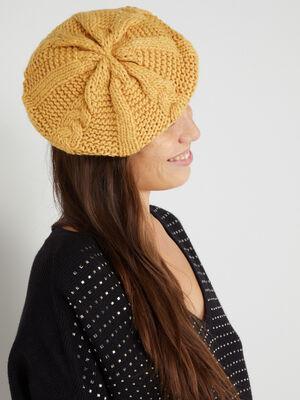 Beret tricot uni avec torsades jaune moutarde femme