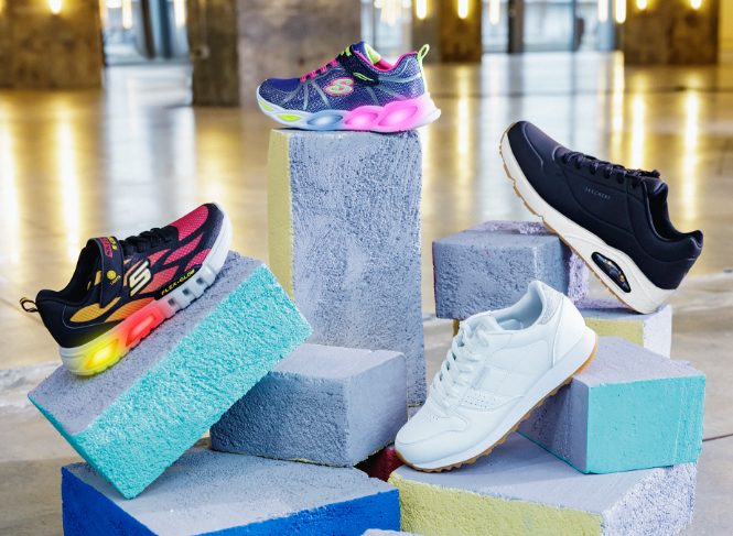 chaussures, baskets, marque, sport, marque de sport