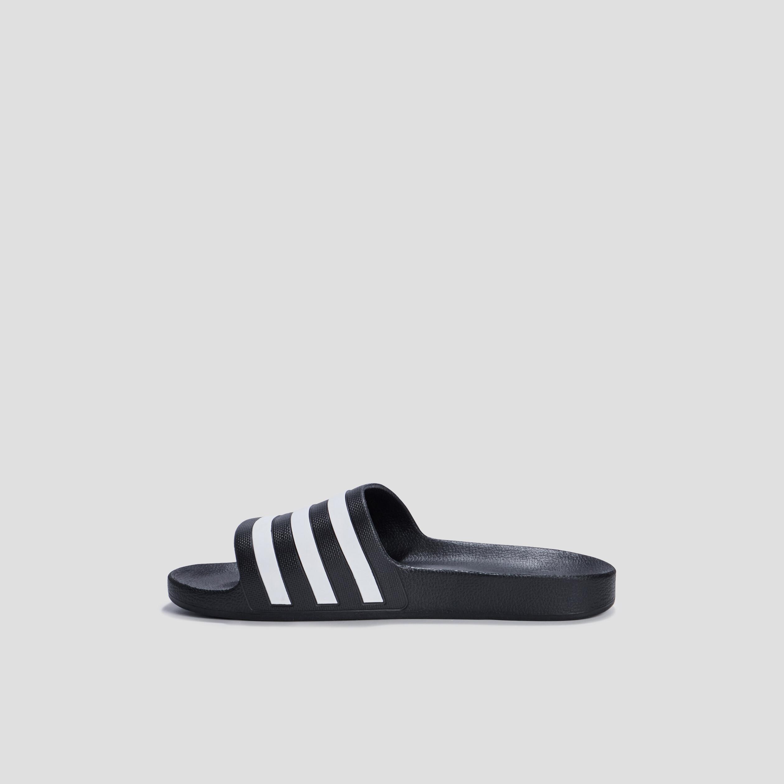 Claquettes Adidas homme noir   La Halle